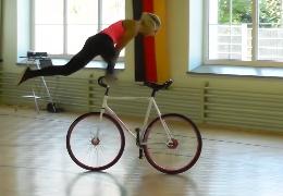 Tricks mit dem Fahrrad